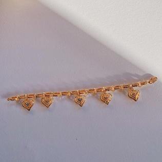 916 Gold Hearts Bracelet