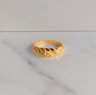 916 Gold Sleek Ring