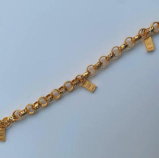 916 Gold Bar Charm Bracelet
