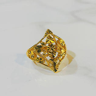 Limited Edition Ring 010