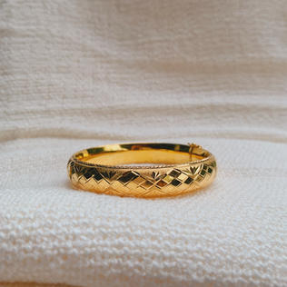 916 Gold Corak Bangle