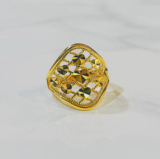 Limited Edition Ring 018