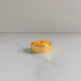 916 Gold Double C Chunky Band