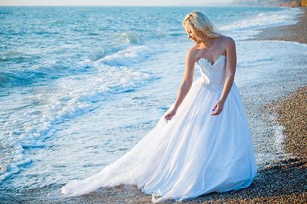 Destination Wedding gown | Sunshine Vows