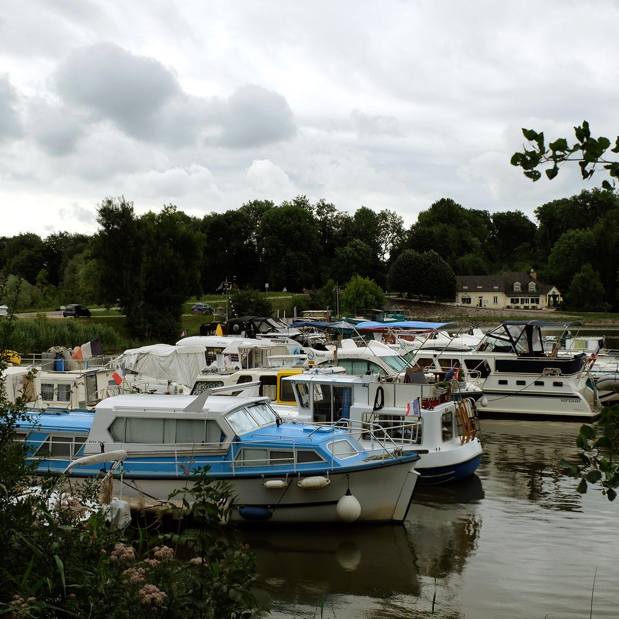 Le port de Scey-sur-Saône