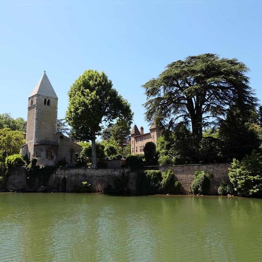 Ile Barbe - Église romane Notre-Dame