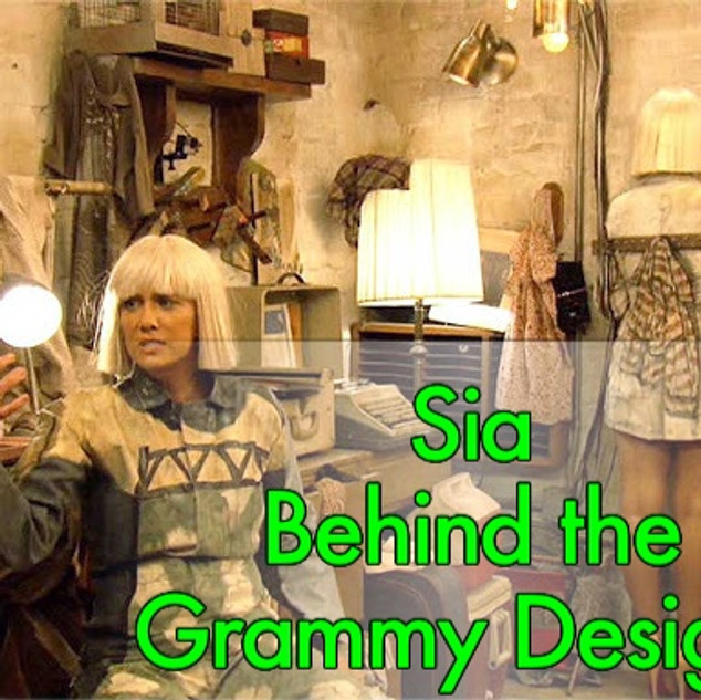 """DESIGN DETAILS ABOUT SIA GRAMMY PERFORMANCE OF """"CHANDELIER""""!"""