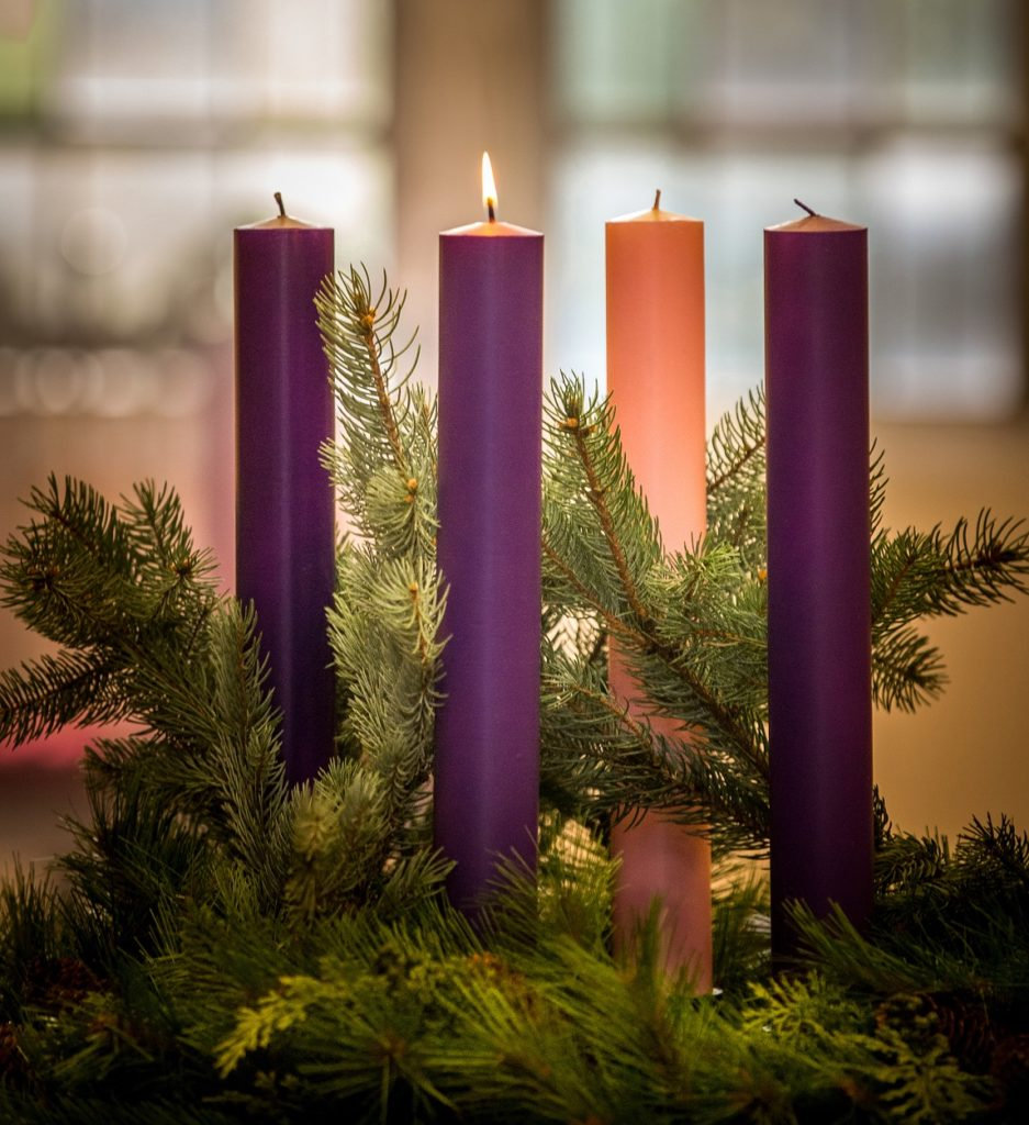 20161031T0809-6265-CNS-ADVENT-CANDLES_re