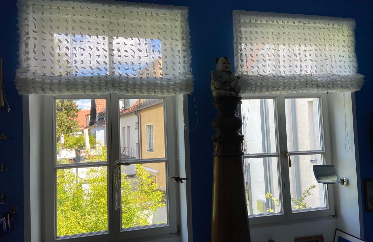 Neue Raffrollos fürs Bad ( Sichtschutz ) - Stoff Villa Nova
