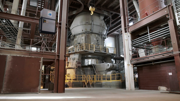 Interior_of_a_Cement_Plant.png