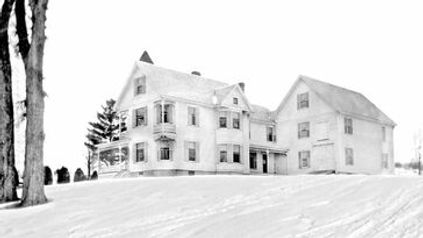 Image of House in winter of 1898 before the attached barn burned down (Click to Enlarge)