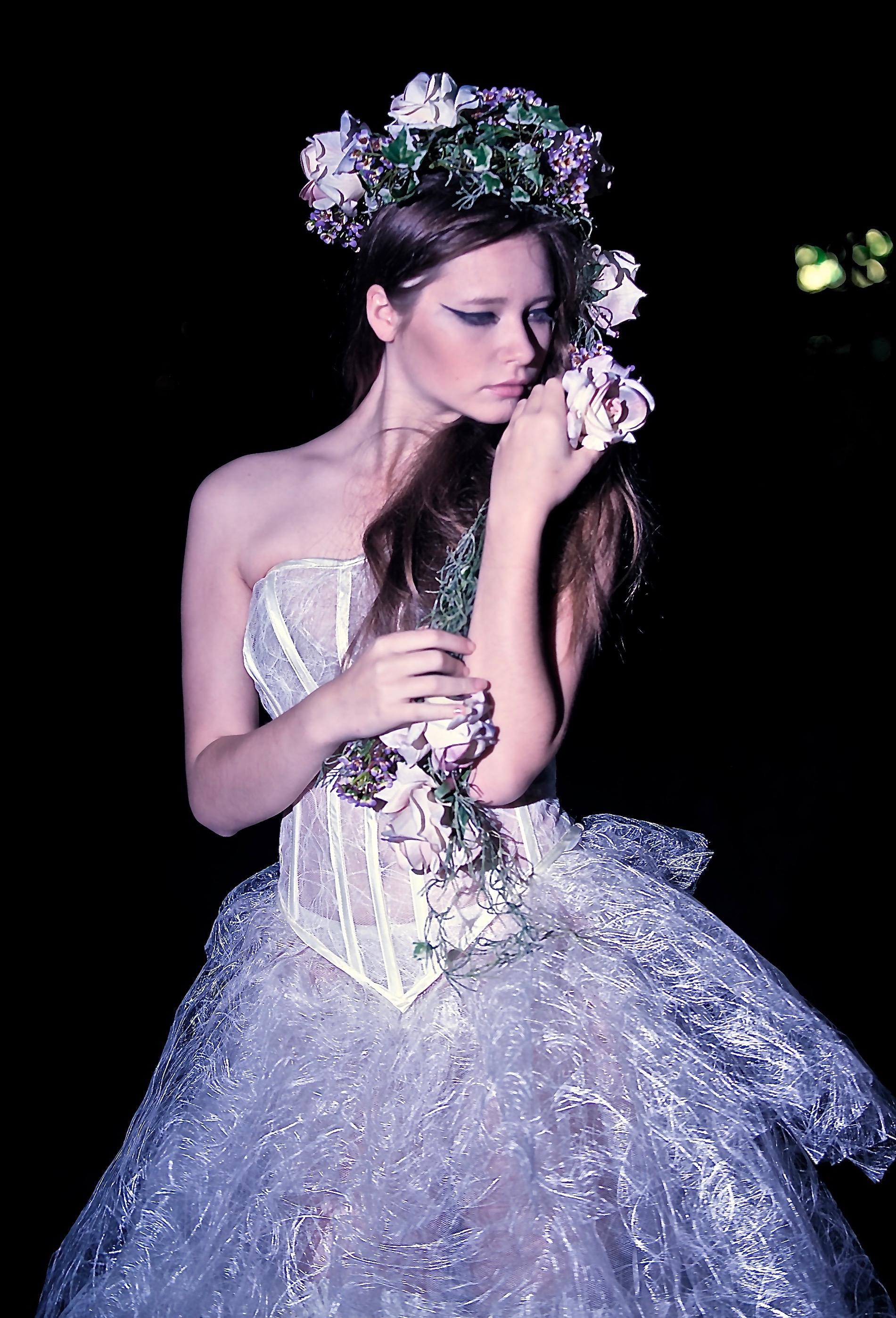 corsetto steccato da sposa, particolare