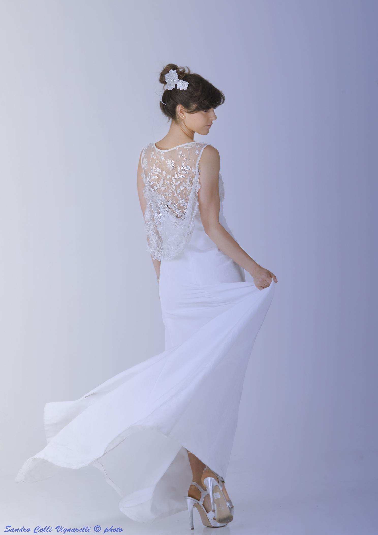 abito da sposa in seta noireè
