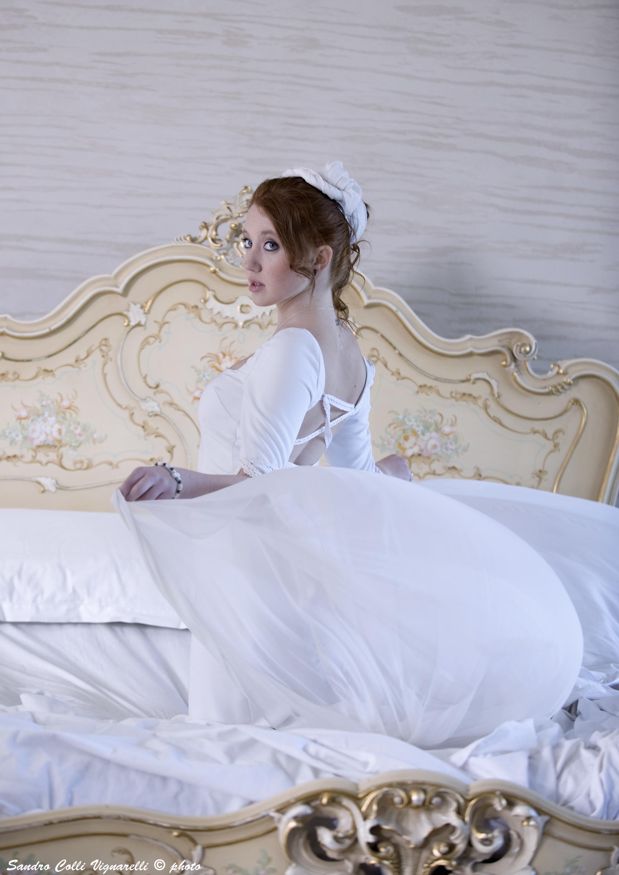 Abito da sposa in stile medievale