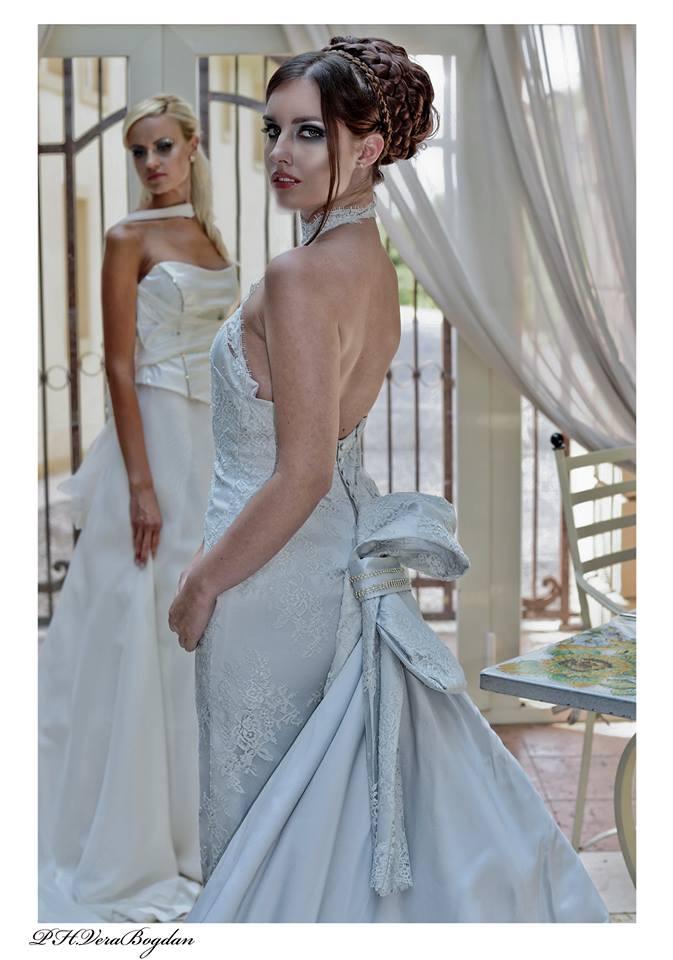 Abito da sposa in mikado grigio perla