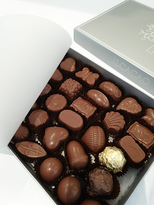 1.4kg Milk Chocolate Box