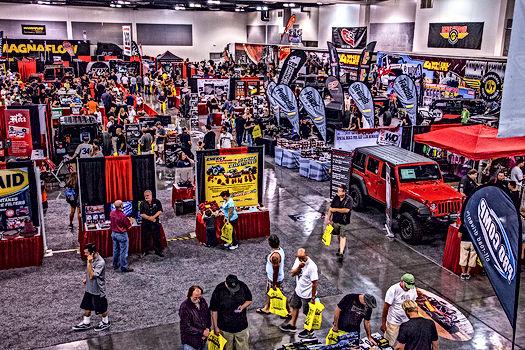 truck-jeep-fest-crowd.jpg