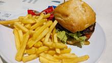 """Великобритания запретит онлайн-рекламу """"вредной еды"""""""
