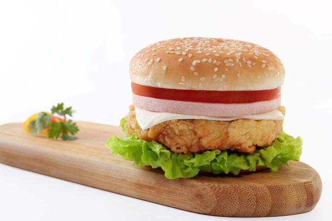 Англия планирует ограничить калорийность фаст-фуда