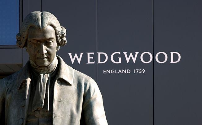 World of Wedgwood Josiah Wedgwood Statue (2)_edited.jpg