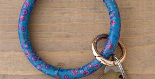 Blue Floral O-Ring key chain