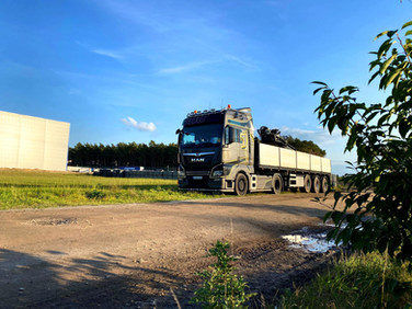 Pflastersteinanlieferung im Emsland