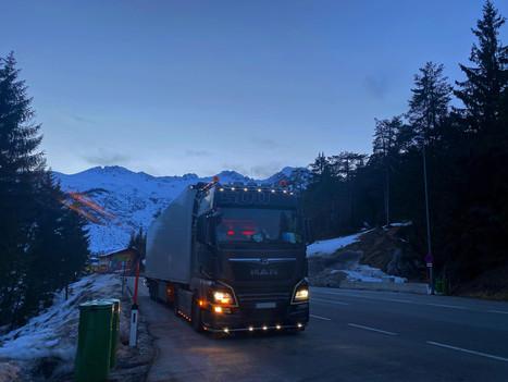 Oben auf dem Fernpass in Österreich