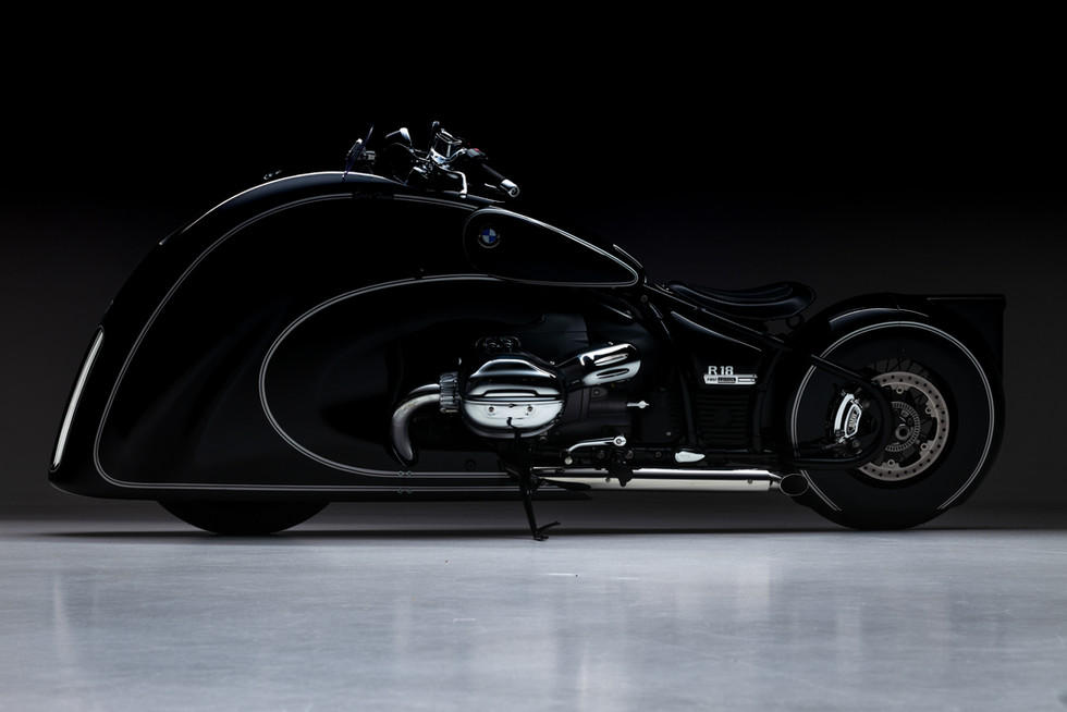 BMW R18 Spirit of Passion Limited Edition 1/18