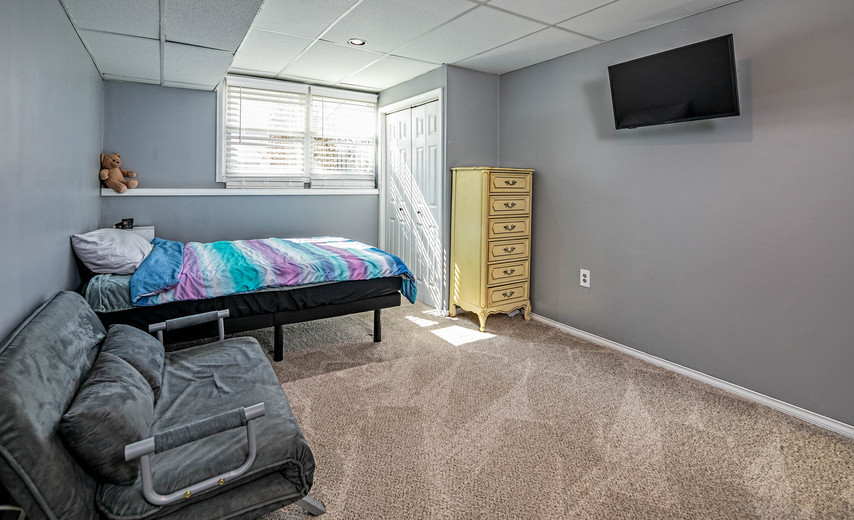 4th bedroom in the basement!