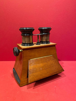 Victorian Stereo-card Viewer
