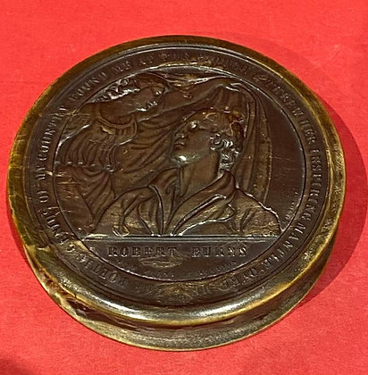 Early 19th Century Pressed Horn Snuff Box of Poet Robbie Burns