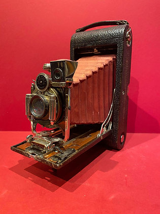 Early 20th Century Burgundy Bellows Camera