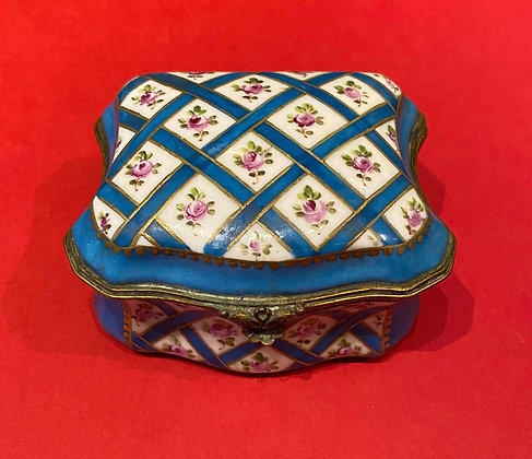 19th Century French Porcelain Box