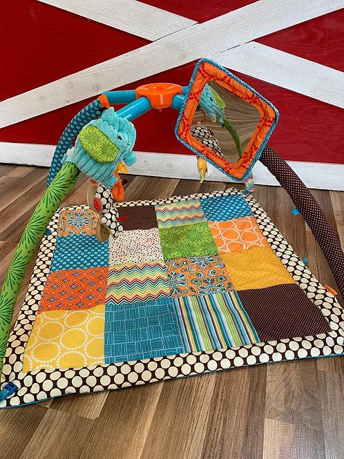 Infantino Twist 'n Fold Activity Gym & Playmat