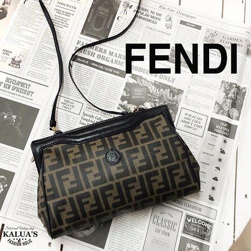 FENDI / フェンディズッカパターンショルダーバッグ