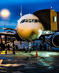 aircraft-airline-airliner-1098745.jpg