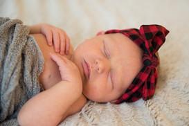 alice_newborn-21.jpg