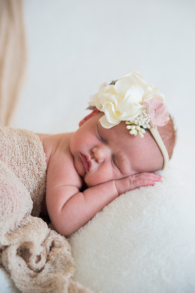 alice_newborn-24.jpg