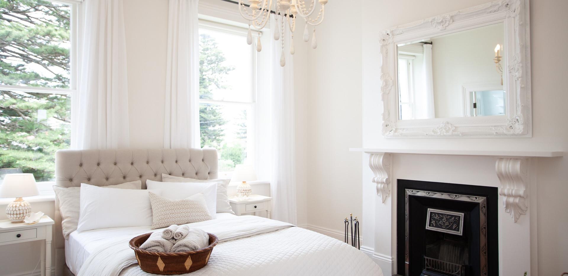 Osmond Suite_Bedroom 08.jpg