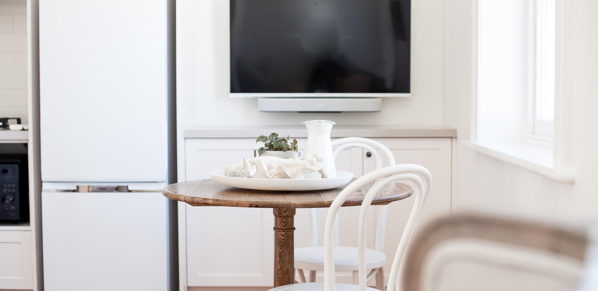 Osmond Suite_Dining 03.jpg