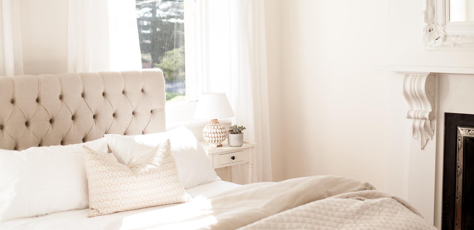 Osmond Suite_Bedroom 01.jpg