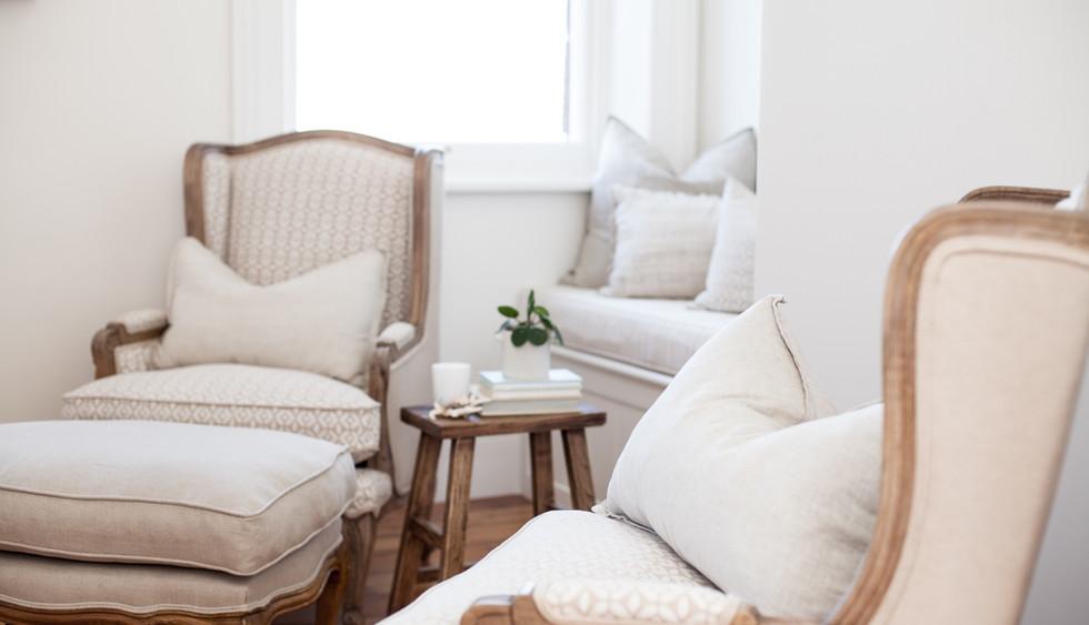 Osmond Suite_Living