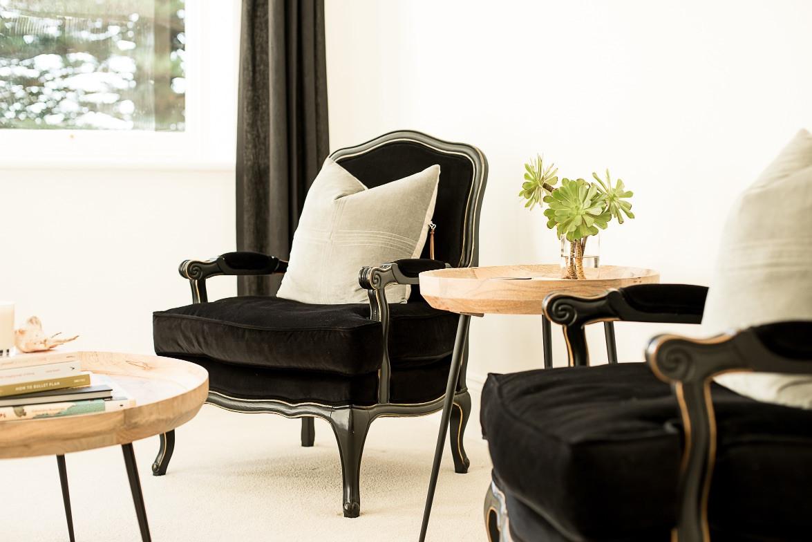 Norfolk Suite_Living 11.jpg