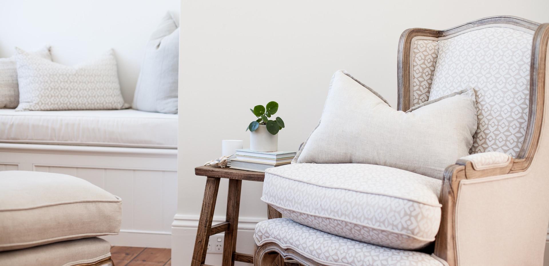Osmond Suite_Living 06.jpg