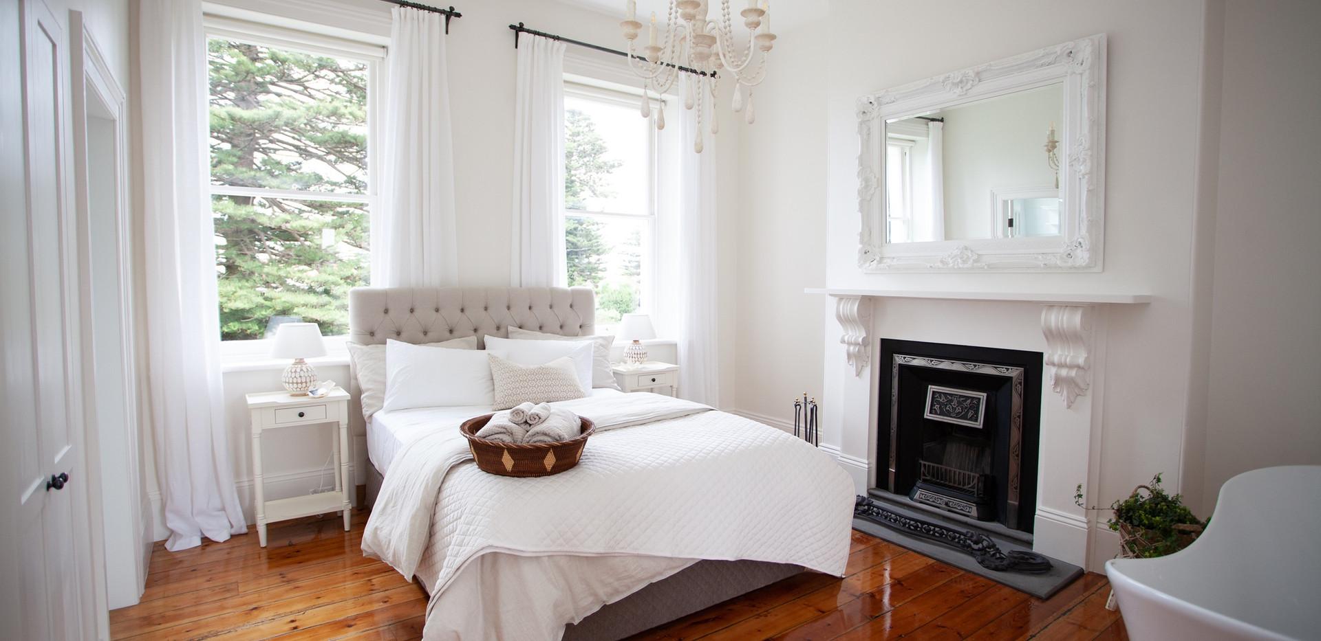 Osmond Suite_Bedroom 04.jpg