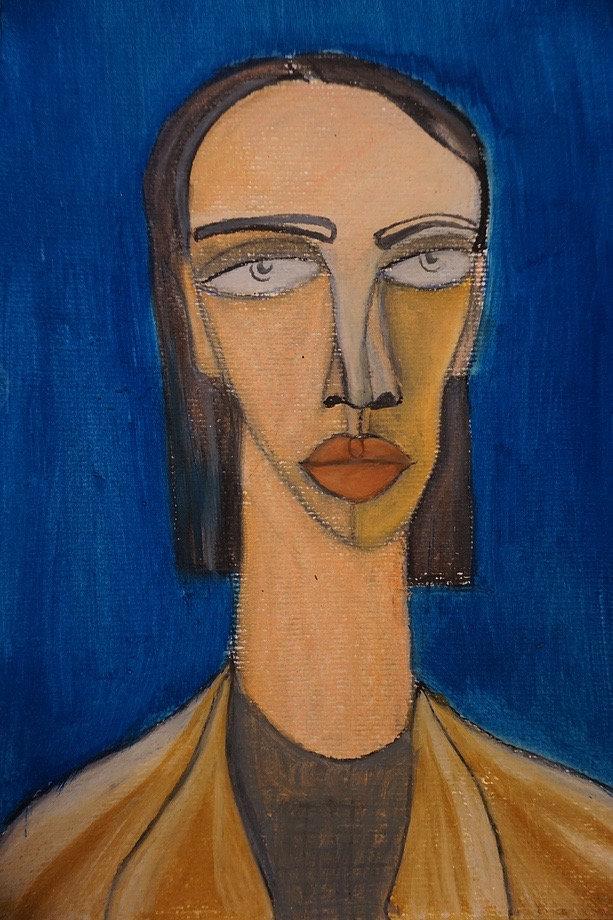 Cara fondo azul