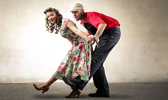 Swing-Couple-002_1200x630-2.jpg
