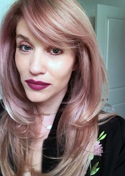 Haircut and champaign blush color