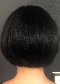 kim-after-haircut-back