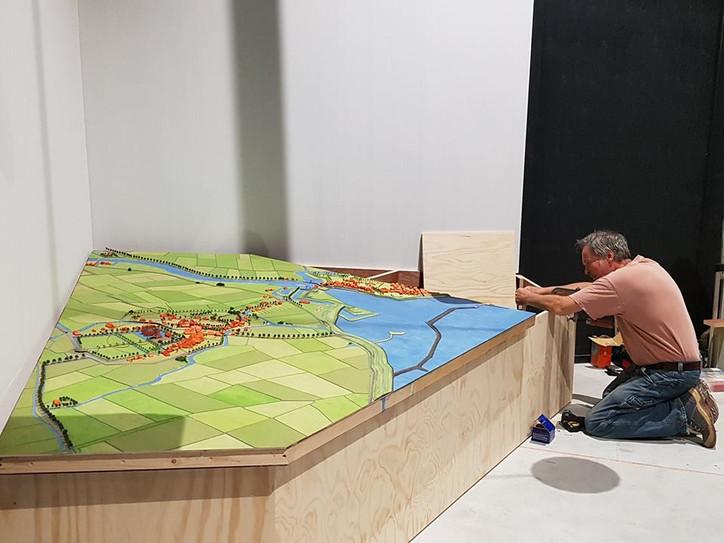 Maquette van Farmsum en de vesting Delfzijl geplaatst in nieuwe MuzeeAquarium Delfzijl
